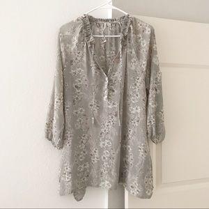 LC LAUREN CONRAD Gray Floral Boho Tunic Dress